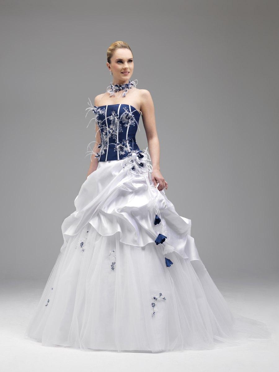robe de mariee blanc et bleu marine les tendances de la