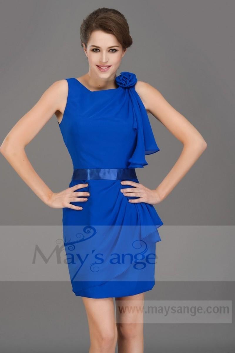 Robe bleu roi bijoux
