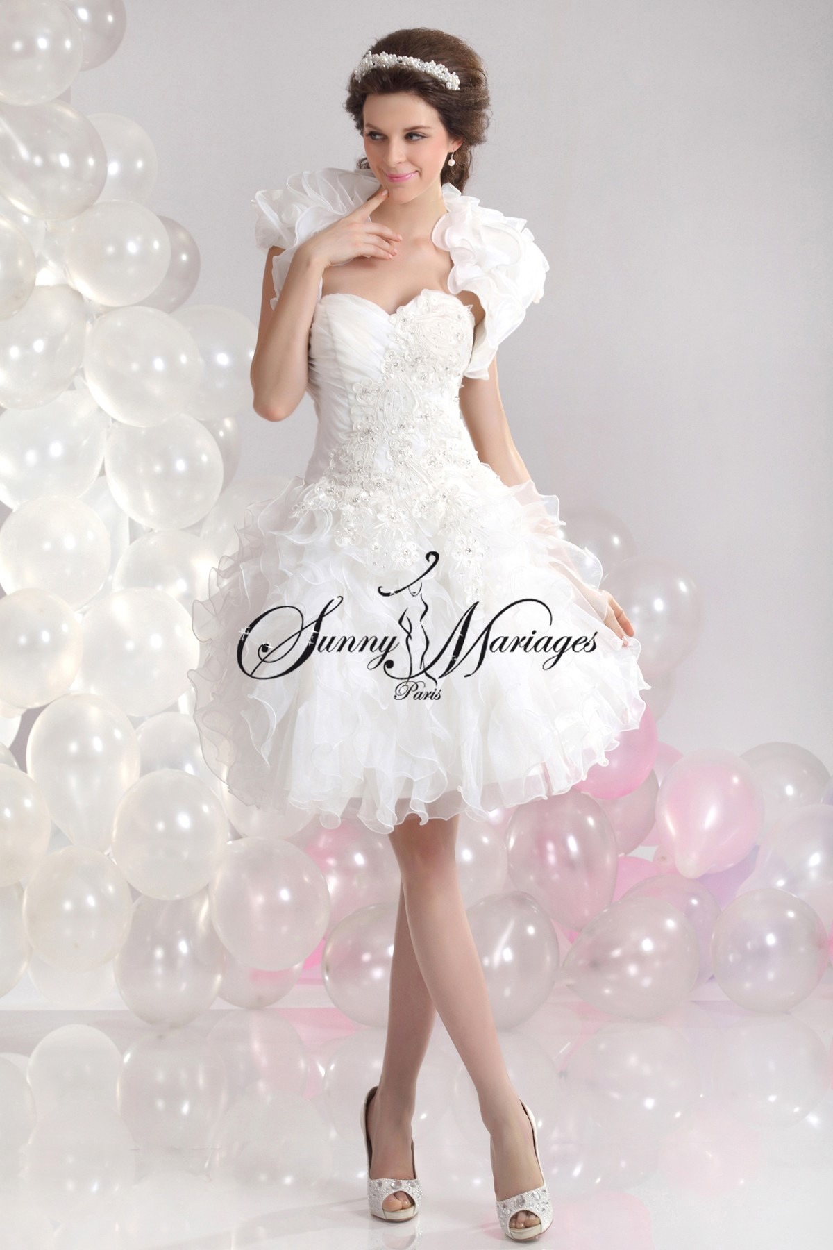 Robe de mariee courte d'hiver