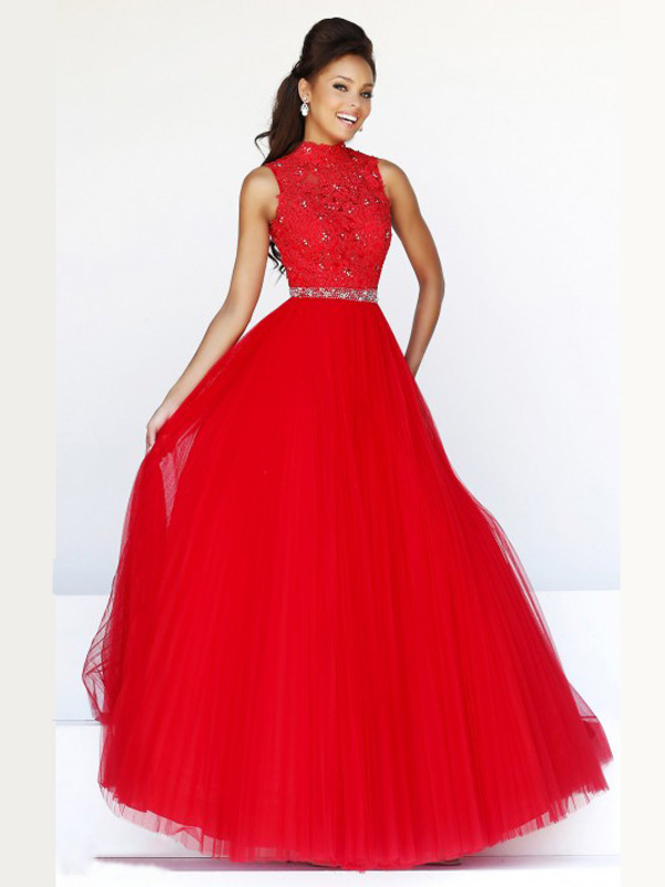 7d95c2393280b Une robe cocktail rouge - La boutique de Maud
